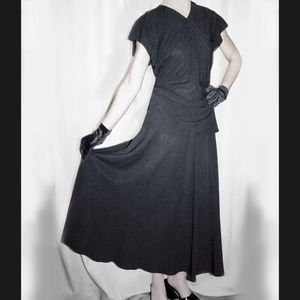 1940's vintge dress with pleated bodice.
